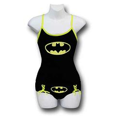 Batman Cami & Panty Set Glow in Dark - The Batman Camisole & Panty Set Glow in Dark is made from 95% cotton and 5% spandex. Designed to be worn for dark nights.This item is delicate and should be hand-washed.Sizing: Women's Juniors (Baby Doll).Colour: Black and Yellow.Important: Due to hygiene and health reasons, we are unable to accept returns on underwear, so please choose carefully.