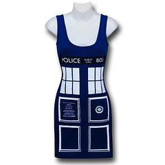 Doctor Who Tardis Costume Tank Dress - Now you can cosplay as the TARDIS without sacrificing your figure. After all, the Police Box rocks, but it's not so great on public transport or during photo-time with your favourite Doctor Who star, right? The hugs are never the same either.The Doctor Who Tardis Costume Women's Tank Dress is made from 95% cotton and 5% spandex and features the famous police box design on both the front and back of the dress.Colour: Blue
