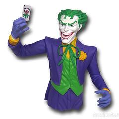 Joker Bust Bank - You'd better play your cards right when it comes to banking with the Joker because otherwise, rest assured…you will be dealt with.The Joker Bust Bank is made from moulded plastic and stands approximately 20cm tall.